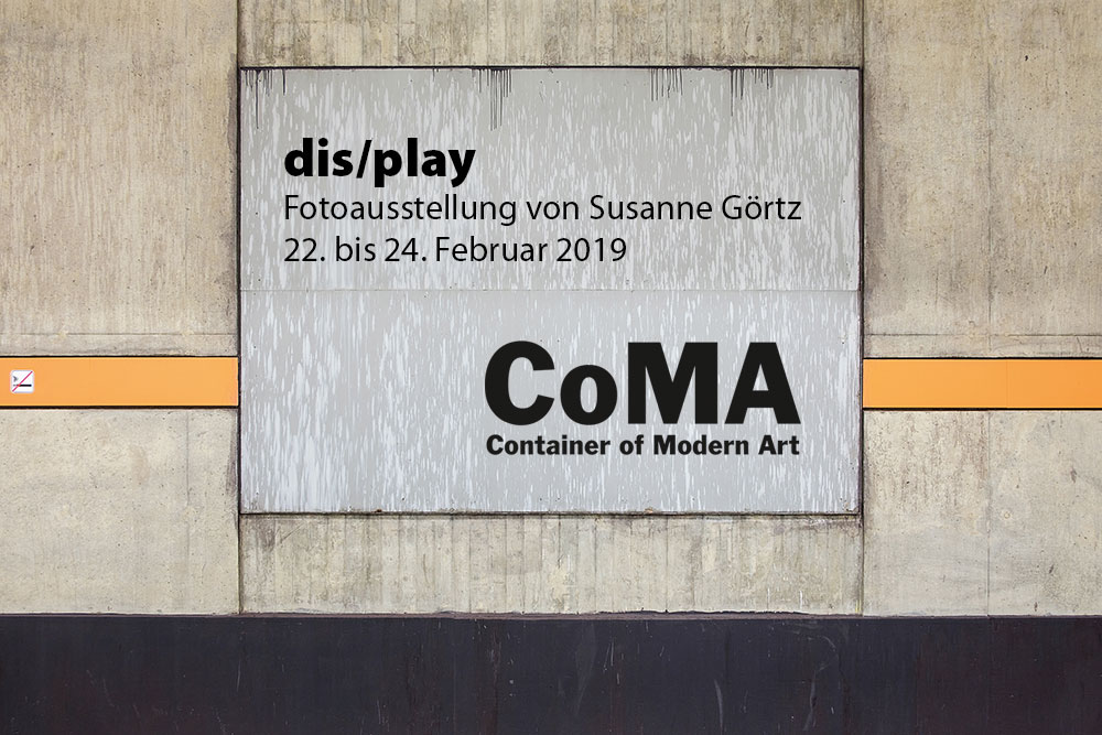 """Save the Date: Ausstellung """"dis/play"""" im CoMA"""
